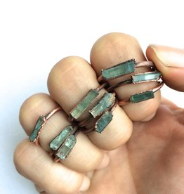 HawkHouse Aquamarine crystal ring