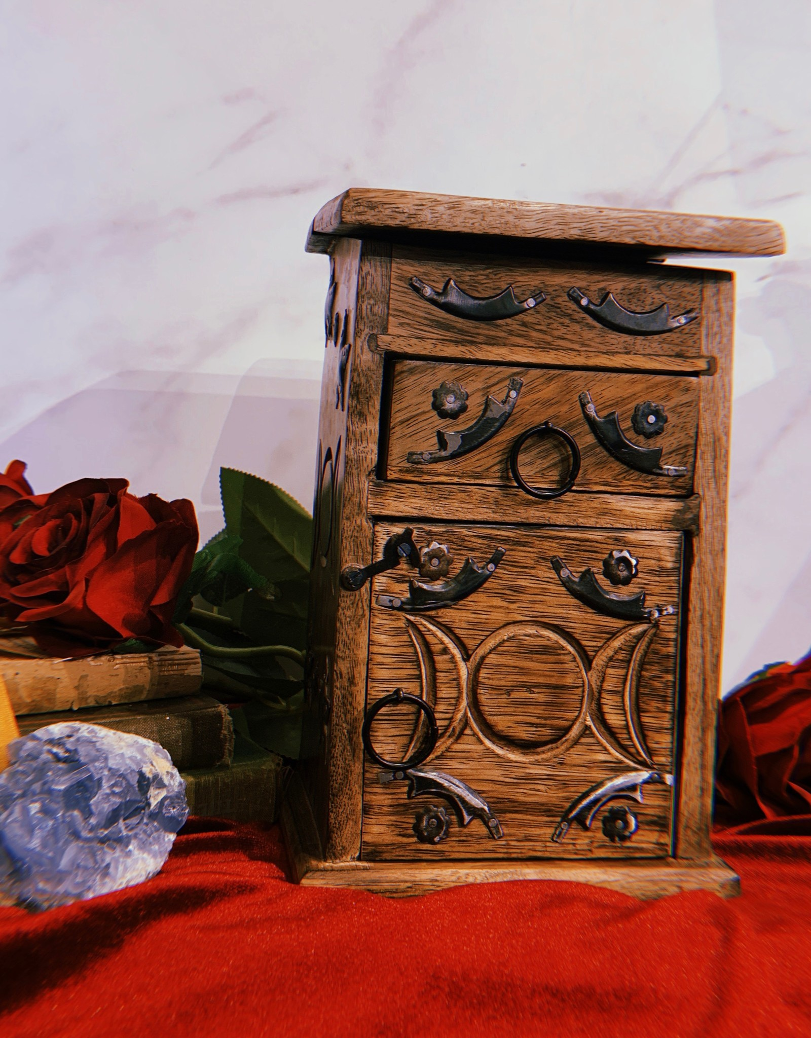 New Age Imports, Inc. Triple Moon Herb Chest