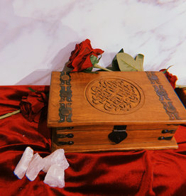 """New Age Imports, Inc. Celtic Knots of Love Carved Wood Box 10""""x6""""x4"""""""