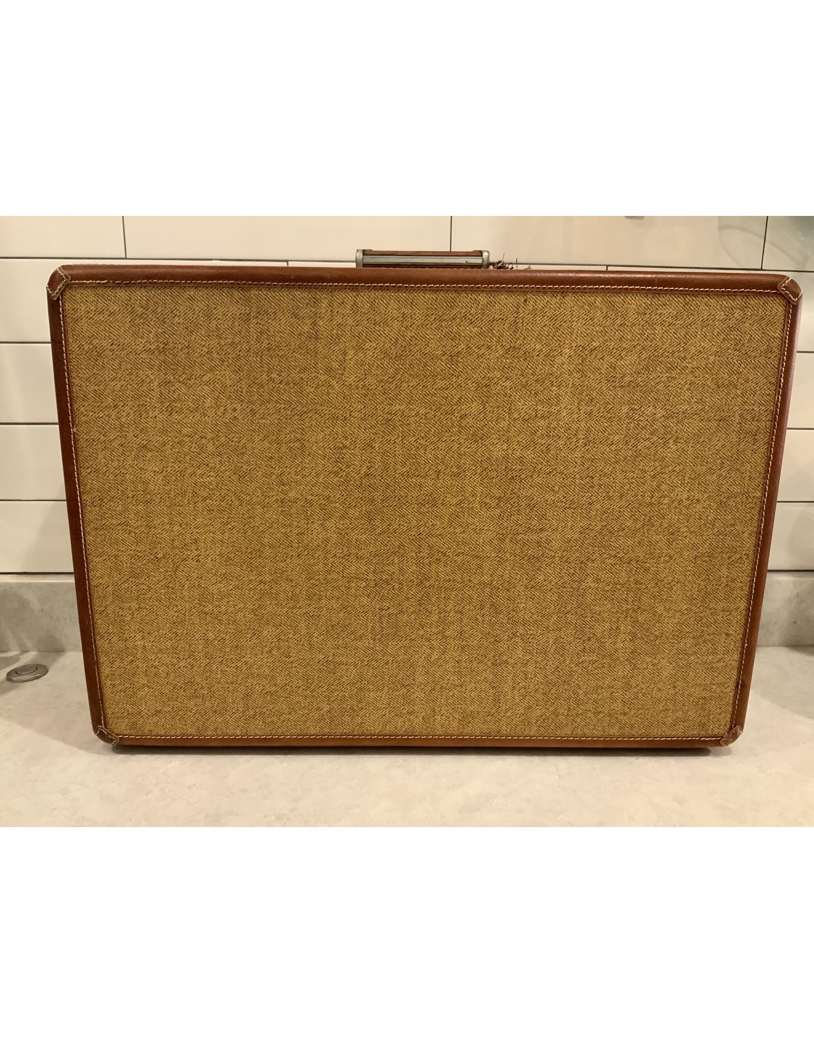 SPV 1950s Wheary Luggage set