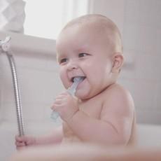 Haakaa 360 Baby Toothbrush