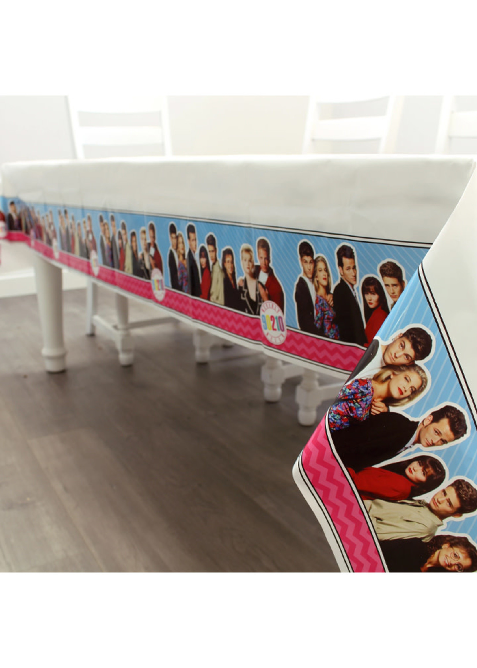 PRIME PARTY  90210 Plastic Table Cover