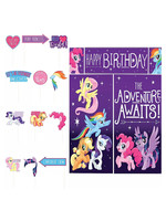 My Little Pony Scene Setter with Photo Booth Props