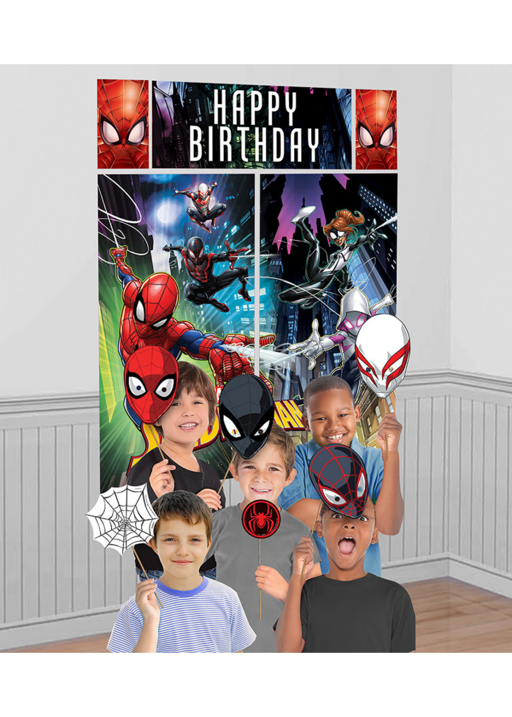 Spider-Man Webbed Wonder Scene Setter with Photo Props