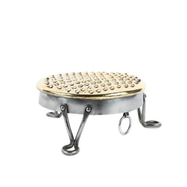 Sir/Madam Footed English Grater