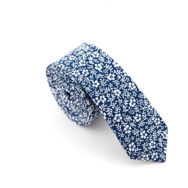 ZUZU Necktie | Navy Floral