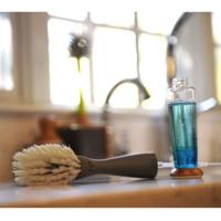 Full Circle Home Dish Brush | Foam Dispensing