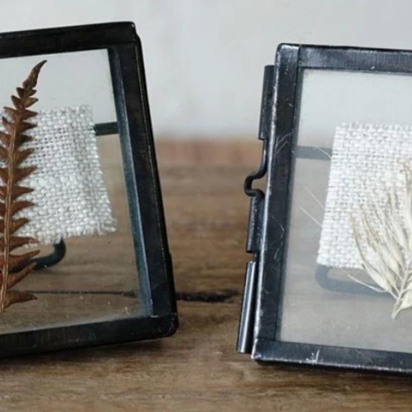 Tiny Frame | Danta | Antique Black