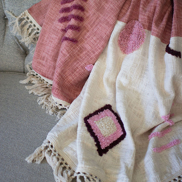 Tufted Throw   White + Blush Detail