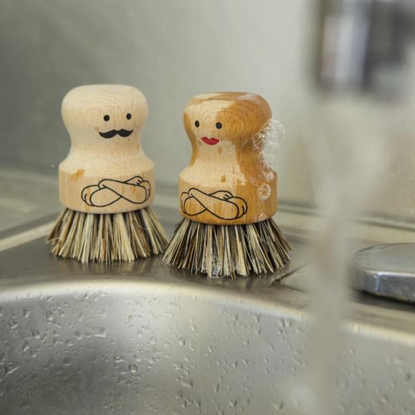 Kikkerland Dish Scrubber | Mr. or Mrs.