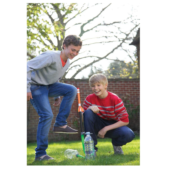 Toysmith Group Kit   Green Rocket