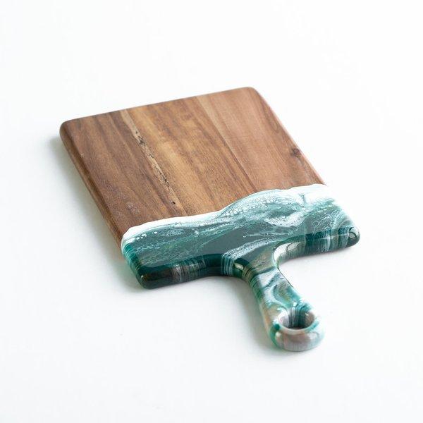 Lynn & Liana Serveware Acacia Cheeseboard | Emerald Jewel