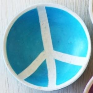 Venture Imports Peace Bowl   Pale Blue