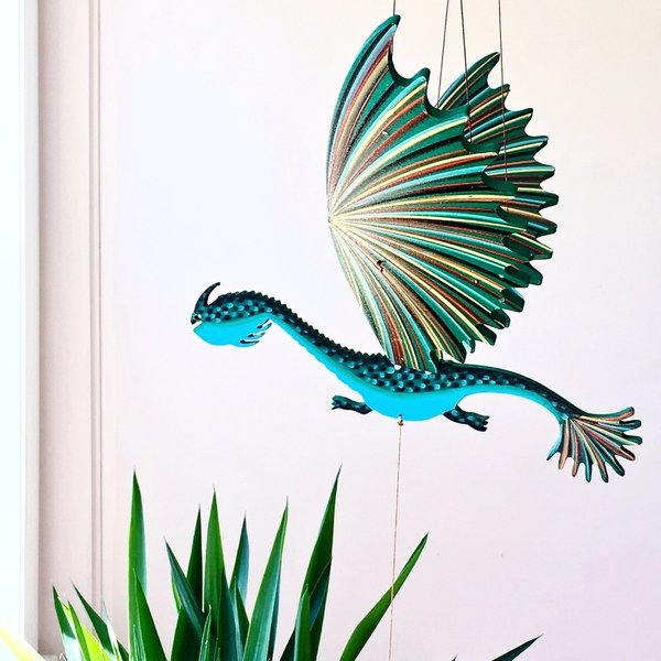 Tulia's Artisan Gallery Mobile   Flying Dragon Lizard