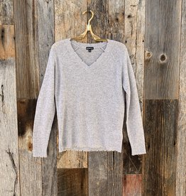 Minnie Rose Cashmere Distressed Long Sleeve V-Neck - Light Heather Grey