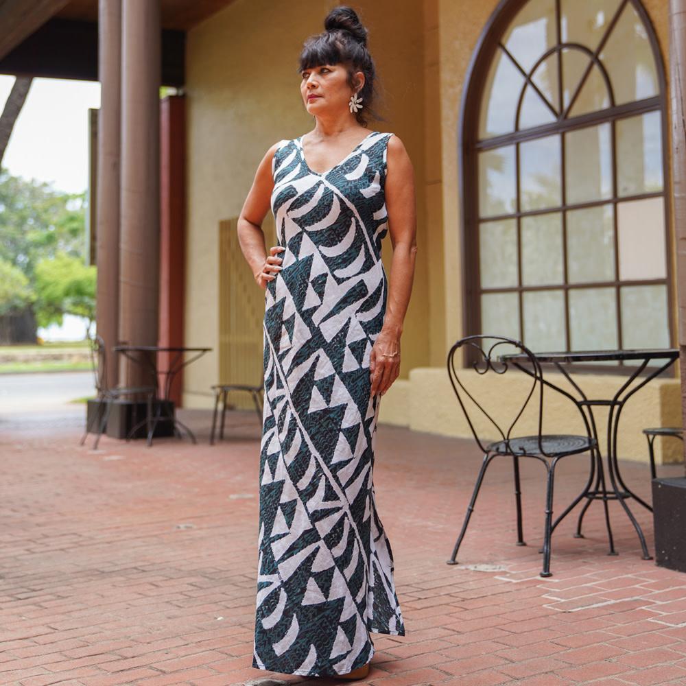 Hoaka, Forest Moon (linen) - Women's V-Neck Long Dress