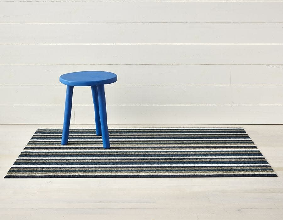 Chilewich Doormat 18x28: Shag Even Stripe MARINE