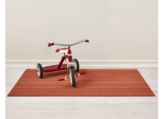 Chilewich Big Mat 36x60: Shag Skinny Stripe ORANGE