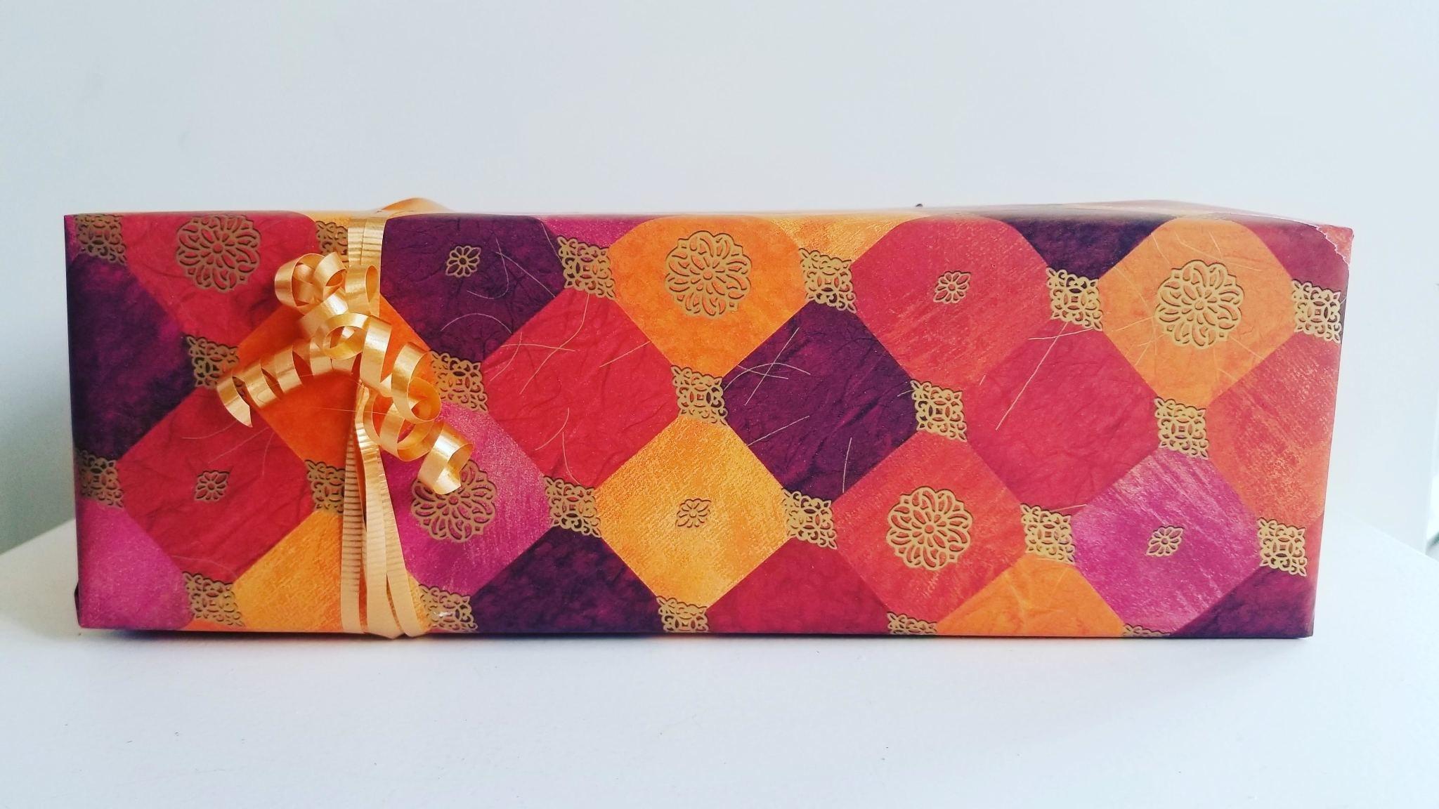 Sunworks Living Gift Wrapping