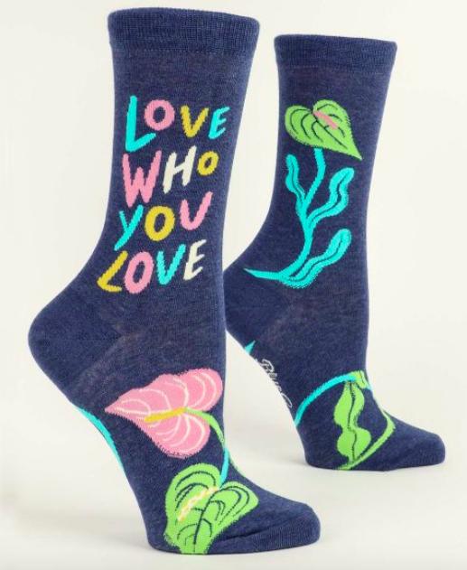 Blue Q Women's Crew Socks: Love who you love