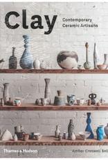 Clay: Contemporary Ceramic Artisans / Amber Bell