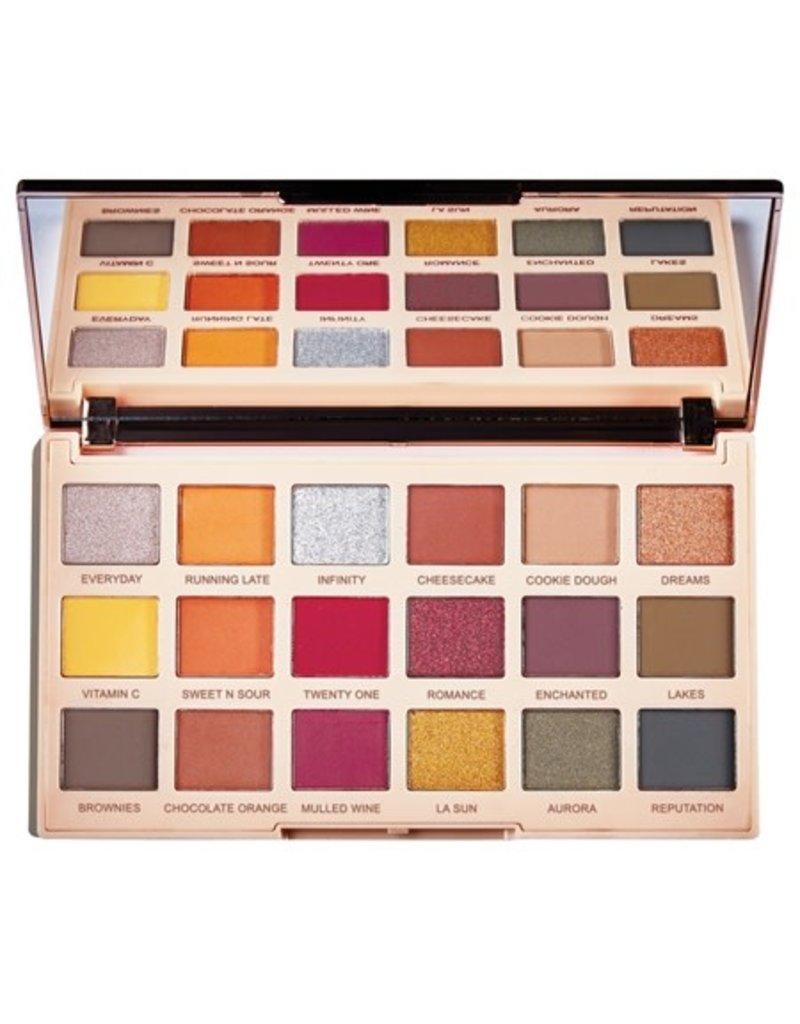 Makeup Revolution Palette Soph X extra Spice