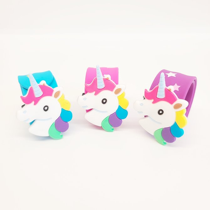 La Licornerie Unicorn Head Slap Bracelet