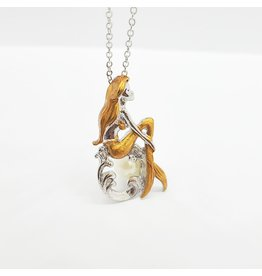 Collier pendentif petite sirène assise sur une perle