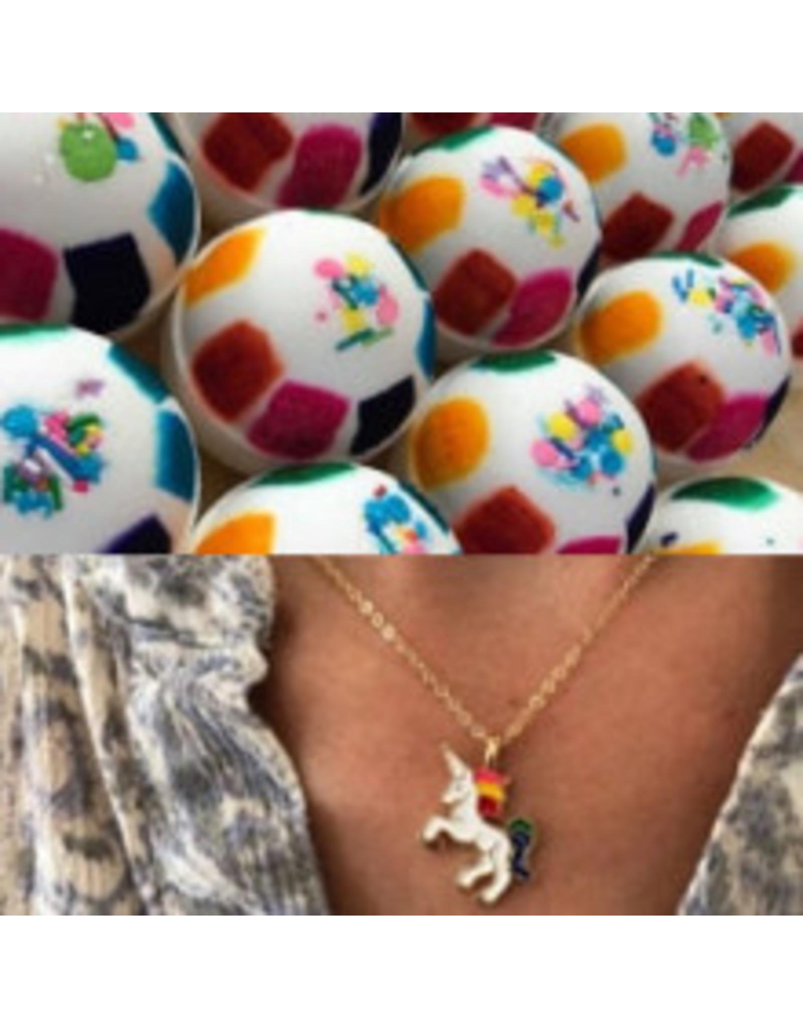 ♥♥ Giant Bath Bomb Unicorn with Necklace inside 260g