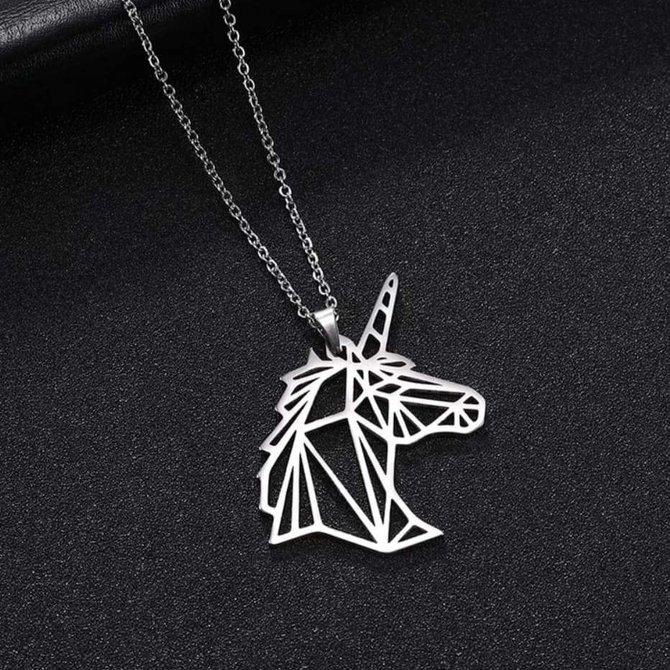 La Licornerie Geometric Profile Unicorn Necklace