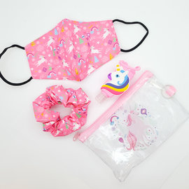 La Licornerie Kit with fashion accessories and mask