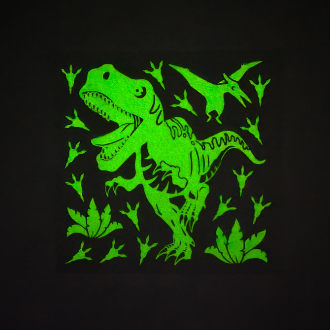 La Licornerie Decals Sticky Wall Dinosaurs That Shine in the Dark