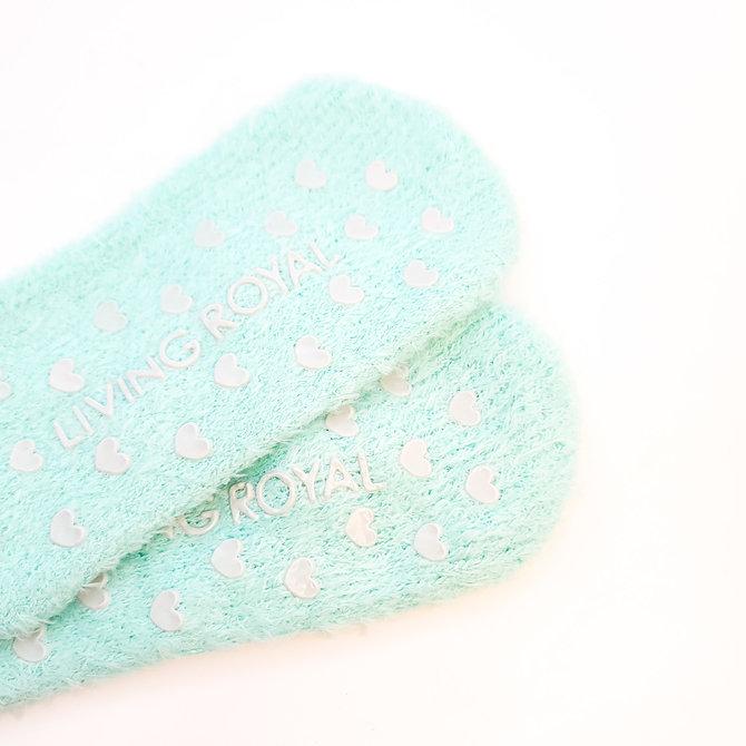 Bas ou pantoufles en poils de licorne turquoise