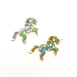 Unicornesque Metal Pin and Magical Crystals