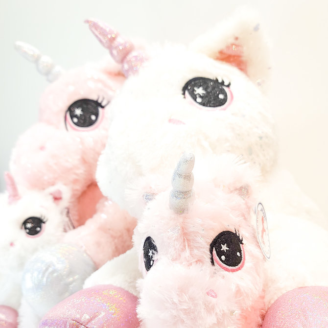 ♥♥ Leah Plush Sprinkled With Glittery Hearts