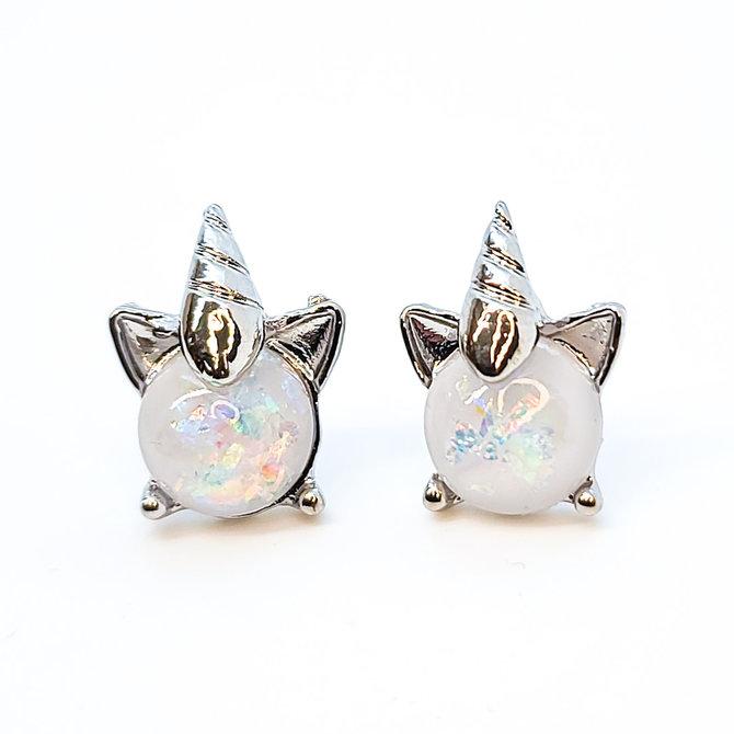 Pair of Sparkling White Pearl Unicorn Earrings