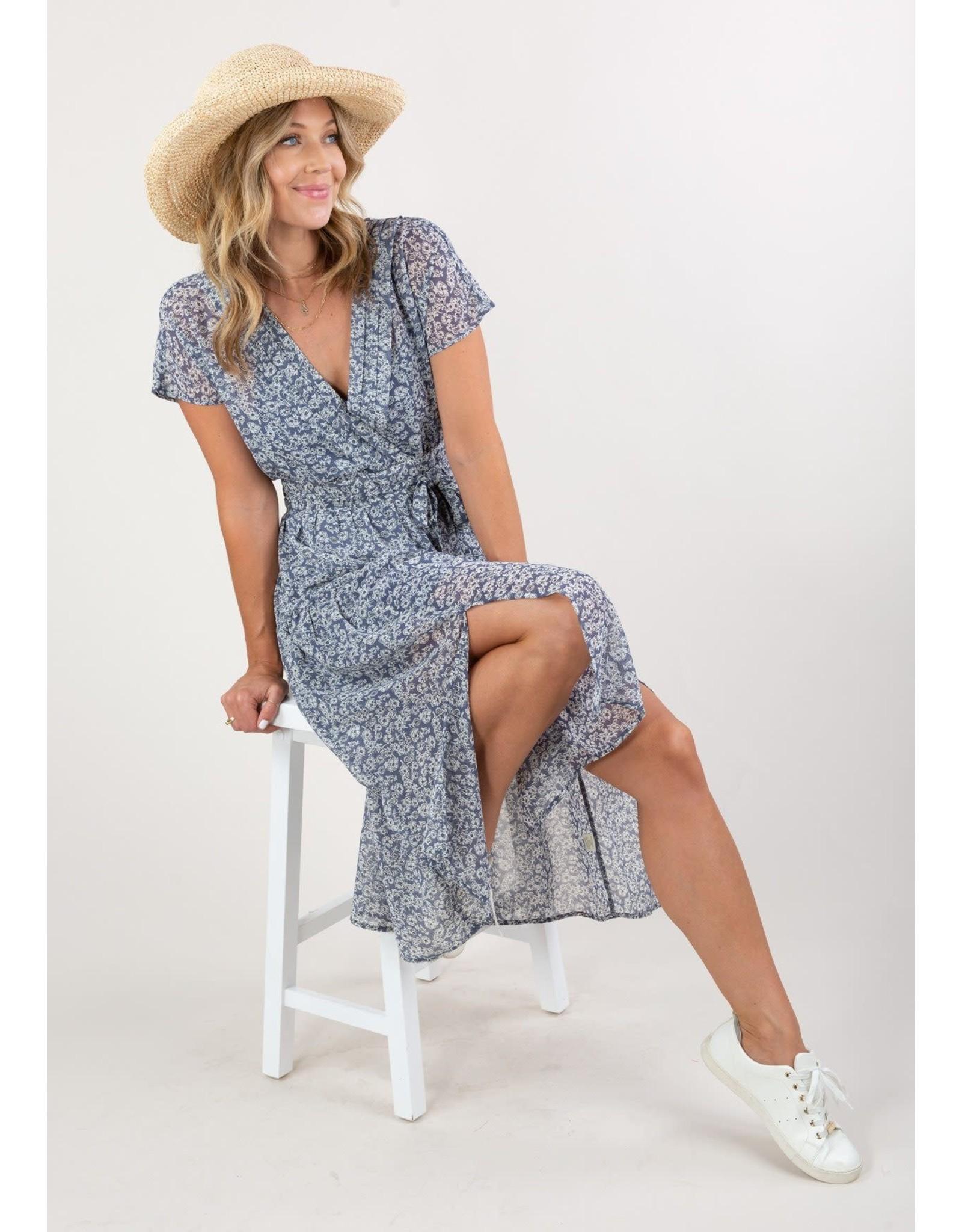 Love Stitch Dreamy Ditsy Floral Midi Dress
