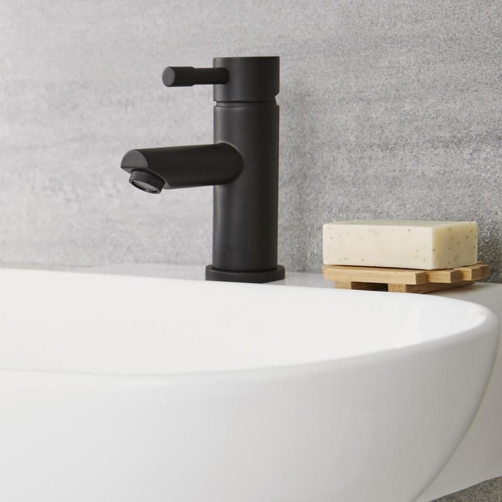Nortrends NRD-20401-MB Matte Black Lavatory Faucet