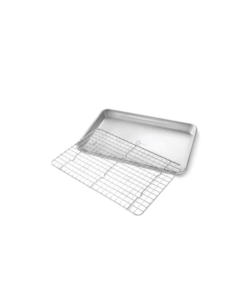 USA Pans Quarter Sheet with Cooling Rack Set