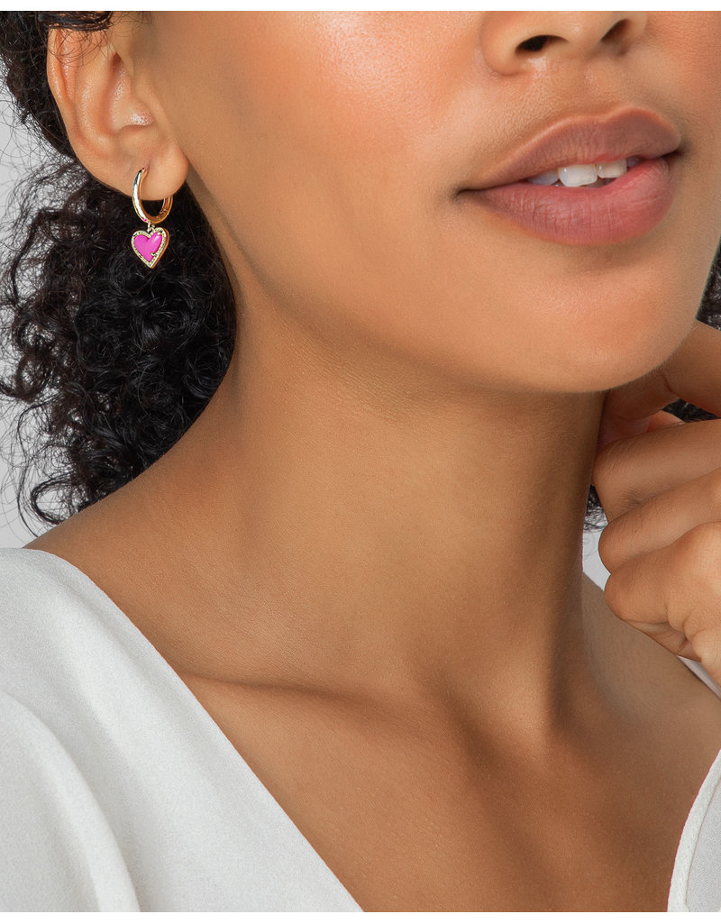 Kendra Scott Ari Heart Huggie Earring