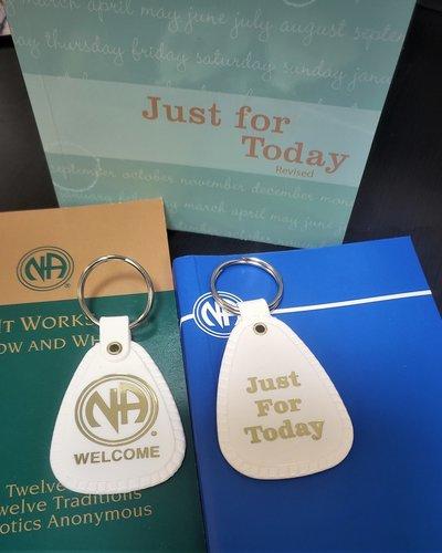 NA Key Tag- Welcome -White (24 Hours)