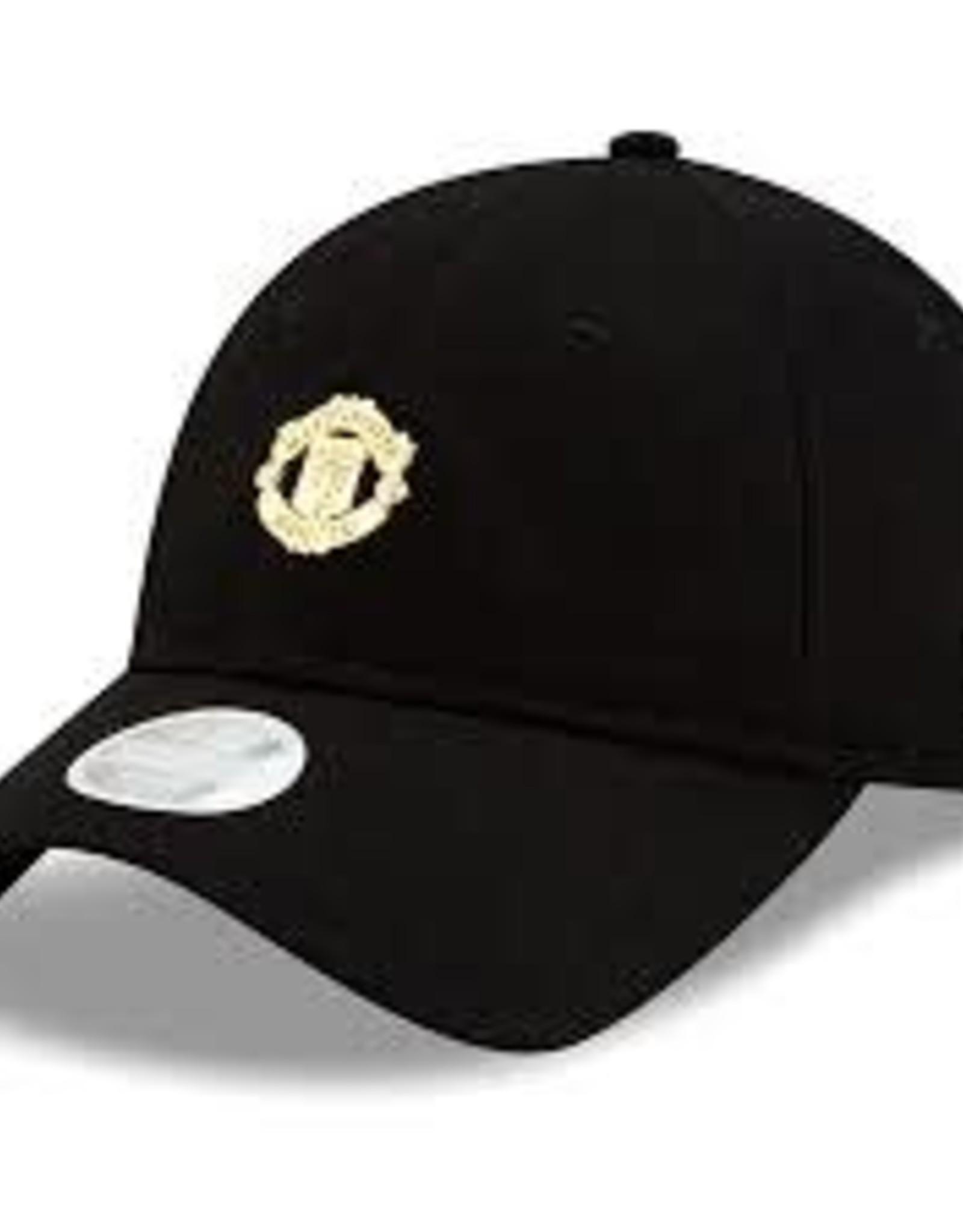 Manchester United Black Crest Hat