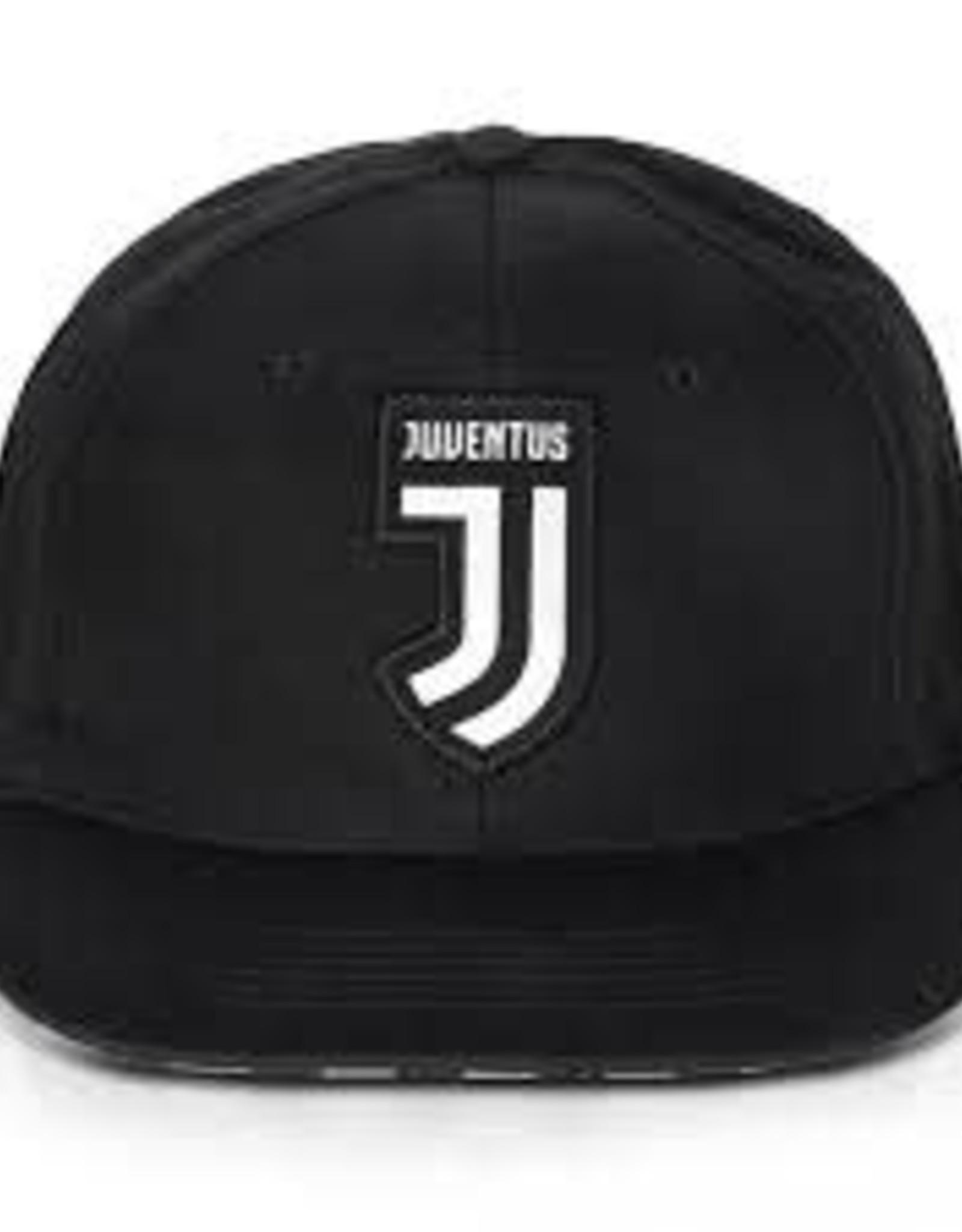 Juventus Crest Hat