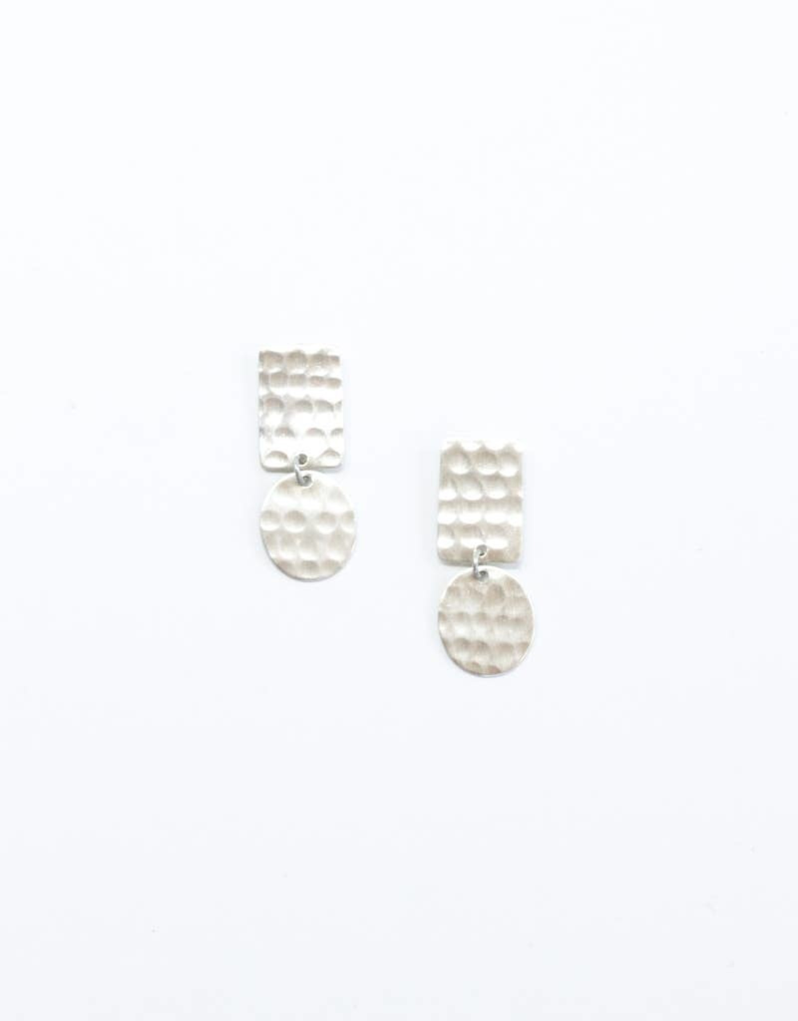 Rover & Kin Rover & Kin | Hammered Flipped Shapes Earrings (Silver)