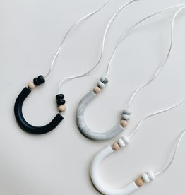 Grace & Parker Luna Teething Necklace