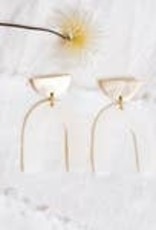 Amsha Amsha | Arch Earrings
