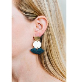 Amsha Rise Earrings
