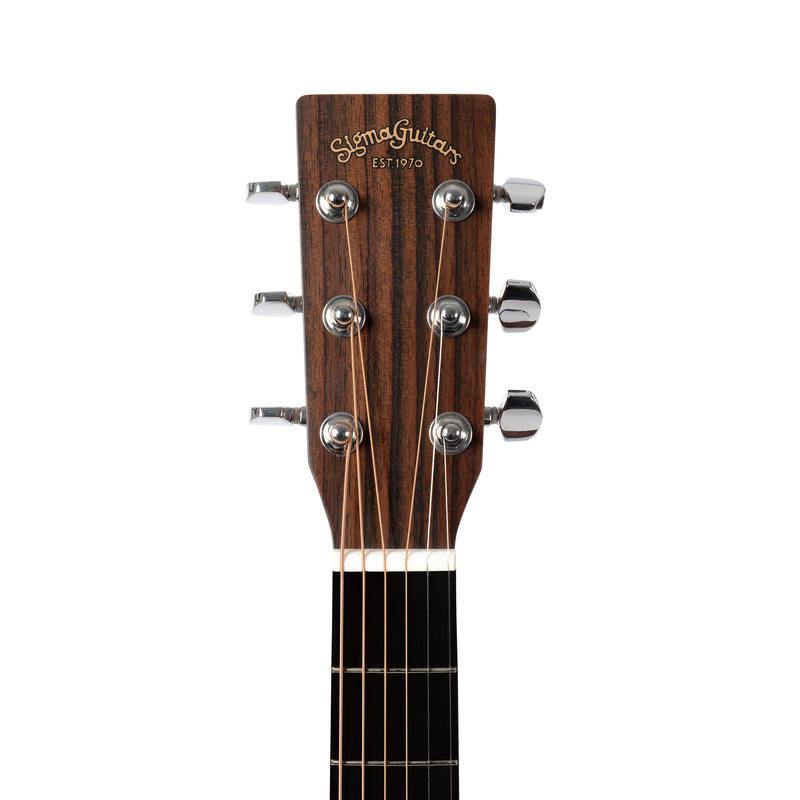 Sigma Solid Sitka Spruce Elec/ Acoustic Guitar w/ Fishman