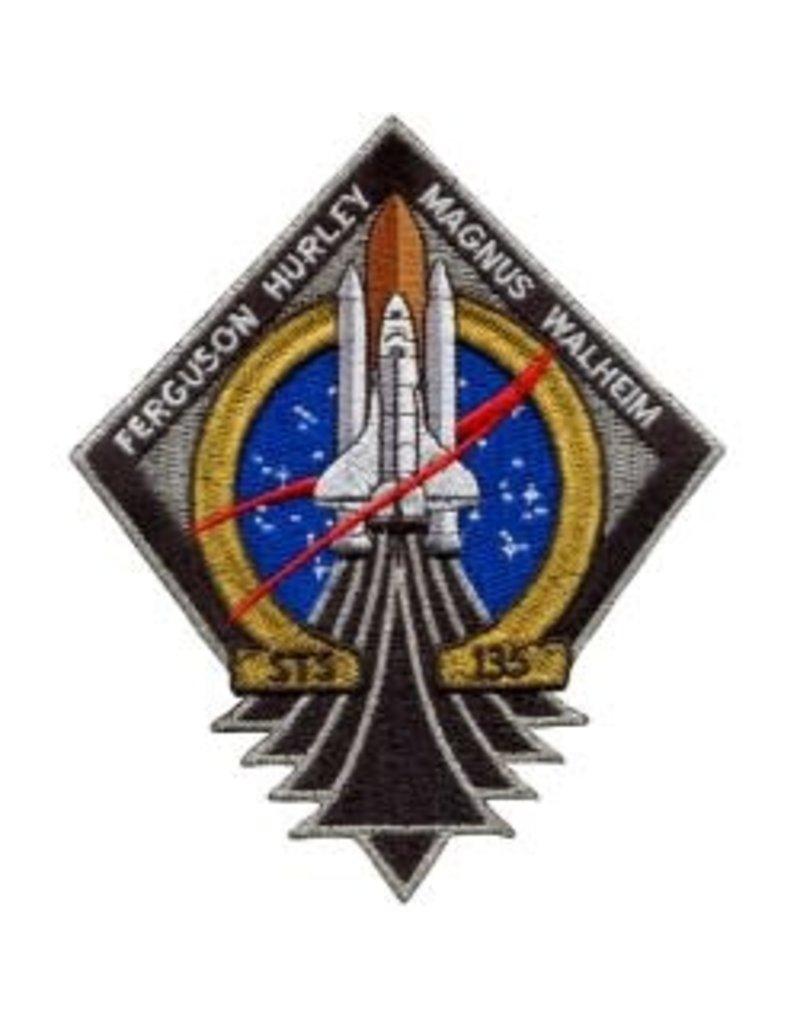Écusson brodé de la mission STS-135 – dernier vol d'une navette spatiale américaine