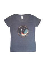 T-shirtpour femmeL'écusson de la mission spatiale de David Saint-Jacques